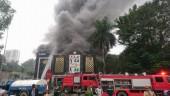 Cháy lớn tại quán Karaoke trên đường Linh Đàm