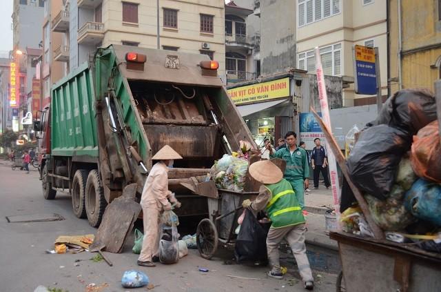 Hà Nội: Sửa đổi giá dịch vụ thu gom, xử lý chất thải rắn công nghiệp