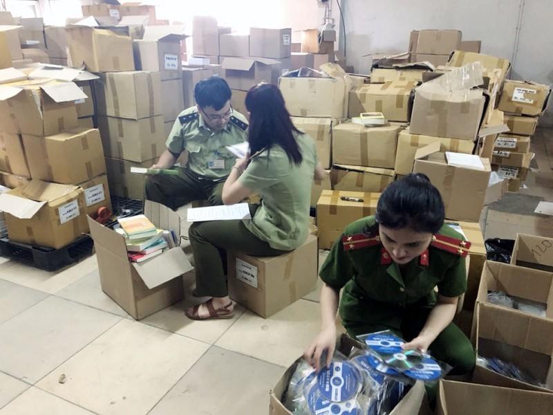 Hà Nội: Chủ động kế hoạch ngăn ngừa, phòng chống buôn lậu dịp cuối năm