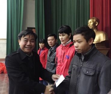 Đem Tết sớm đến công nhân Xi măng Tiên Sơn
