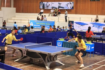 Gần 300 tay vợt tham dự Giải bóng bàn tranh Cúp báo Hànộimới mở rộng
