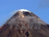 Philippines hai lần nâng mức cảnh báo núi lửa trong vòng 24 giờ