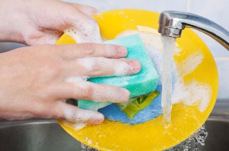 7 sai lầm mỗi khi bạn rửa chén