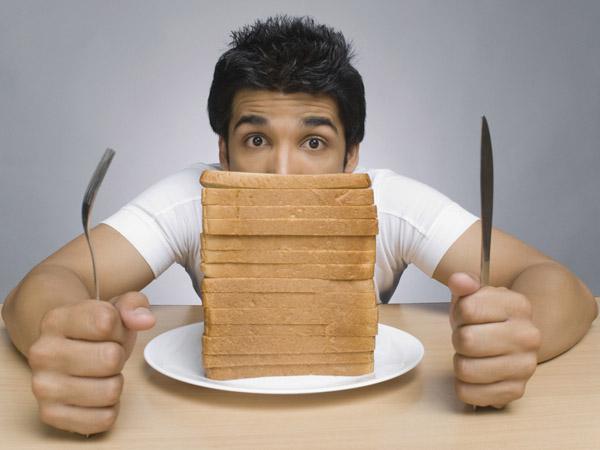 Đừng dại mà ăn bánh mì hằng ngày!