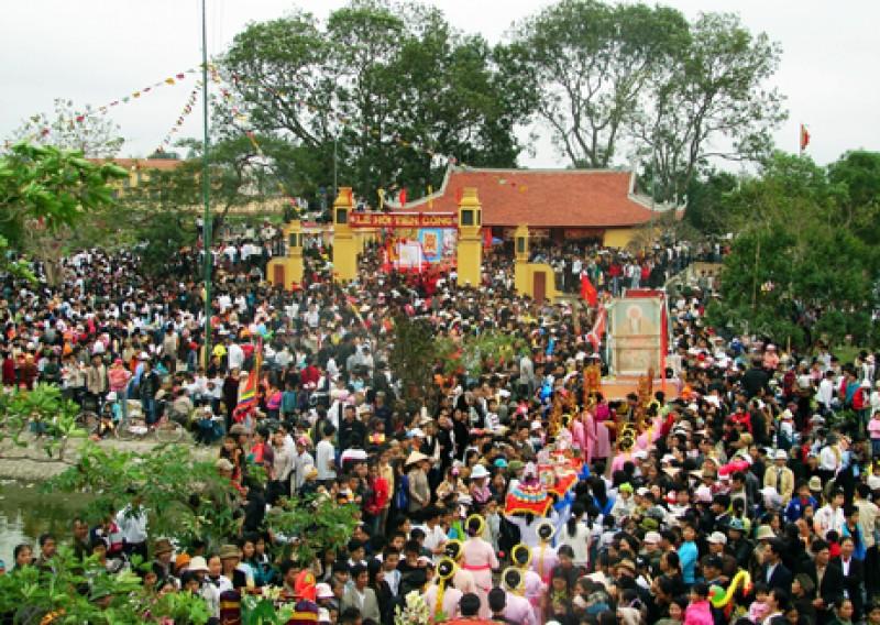 Phục dựng lễ hội: Không thể để mất  kiểm soát
