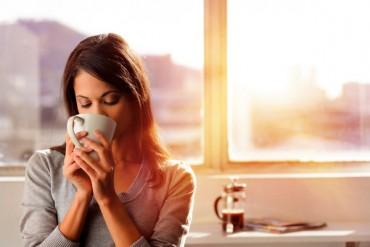 Uống cà phê vào thời điểm nào trong ngày có lợi nhất?