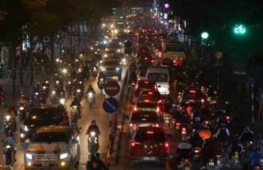 Bộ Công an ra công điện khẩn về hạn chế ùn tắc giao thông dịp Tết