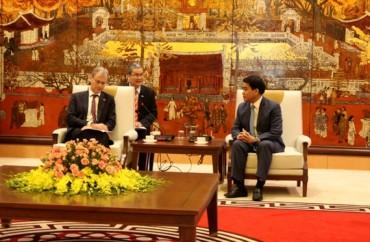 Chủ tịch UBND TP Nguyễn Đức Chung tiếp Thứ trưởng Kinh tế Đối ngoại Hà Lan