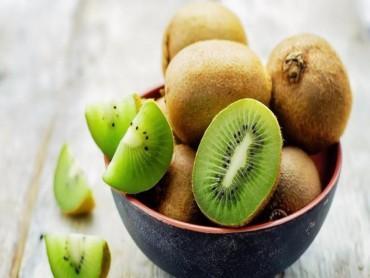 Lý do bạn nên ăn kiwi trong những ngày du xuân