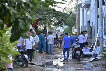 TP.HCM: Nổ lớn tại cơ sở sản xuất bóng đèn, 4 người bị thương