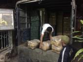 Hơn 1 tấn hoa quả Trung Quốc lậu được 'tuồn' vào Việt Nam