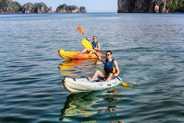 Khách đến Hạ Long sẽ không được chèo kayak từ ngày 1.4
