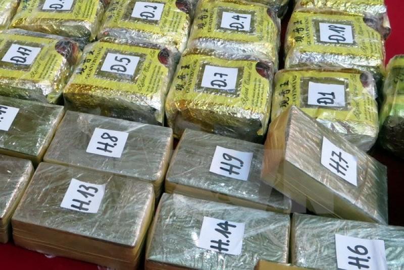 Bắt giữ 6 đối tượng vận chuyển hơn 12 bánh heroin ở Hà Nam
