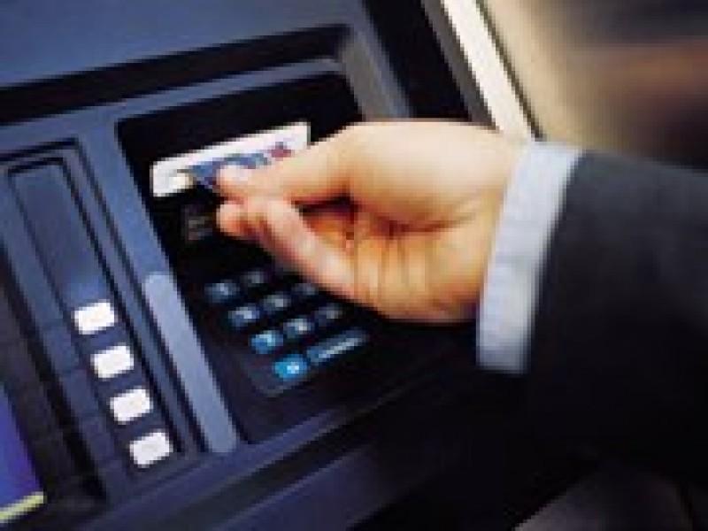 Bắt 3 người nước ngoài từng trộm cắp gần 1,7 tỷ đồng tại phố Hàng Tre