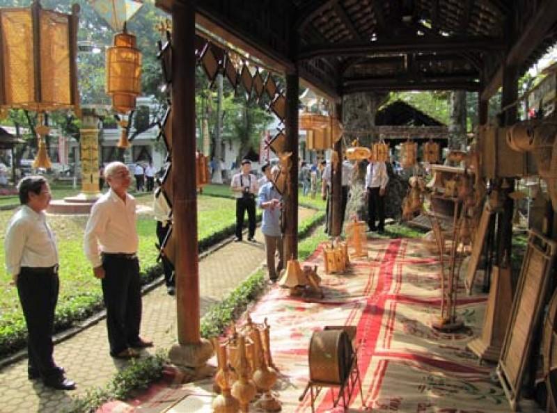 Festival nghề truyền thống Huế lần thứ VII:  Tinh hoa nghề Việt