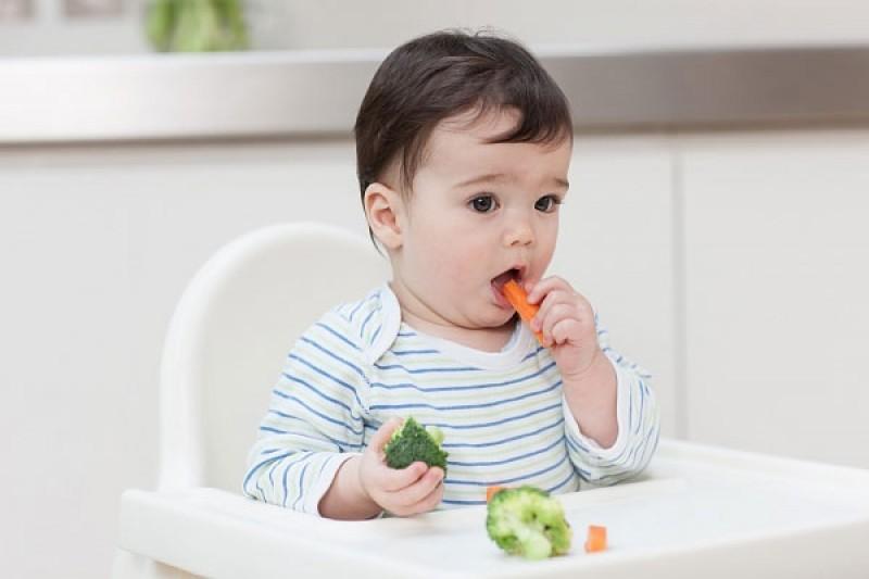 Những mẹo cực đơn giản giúp bé giảm đau khi mọc răng
