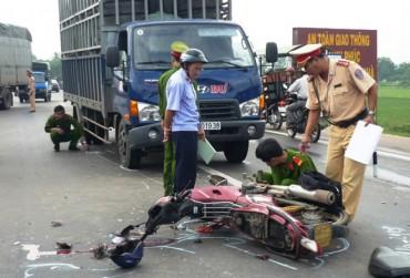 Ngày đầu kỳ nghỉ lễ 30/4 -1/5: 15 vụ tai nạn giao thông, 8 người chết