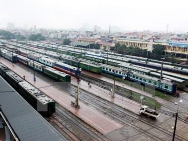 Đi tàu nhanh Hà Nội - Vinh từ đầu tháng Sáu tới, giá vé chỉ 10.000 đồng