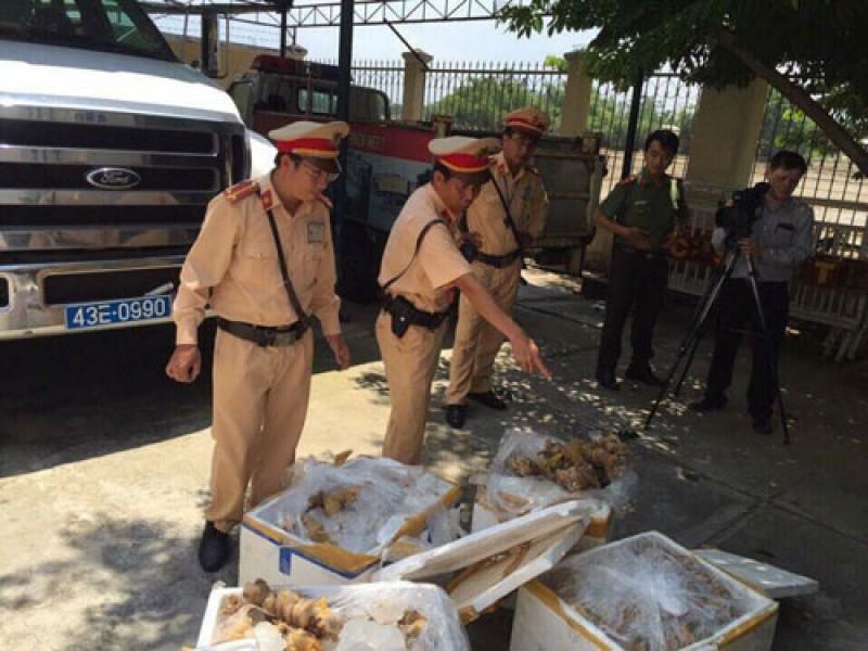 Đà Nẵng: Bắt xe vận chuyển 230kg gân bò không rõ nguồn gốc