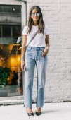 Mom jeans đâu chỉ là 'quần của mẹ'