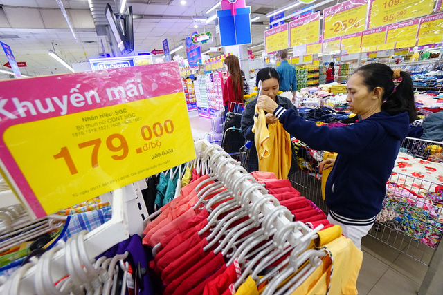 Các đại gia bán lẻ liên tiếp 'đổ bộ' vào Việt Nam