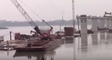 Cần cẩu bất ngờ đổ sập, 2 người tử vong tại công trường cầu Ba Vì - Việt Trì