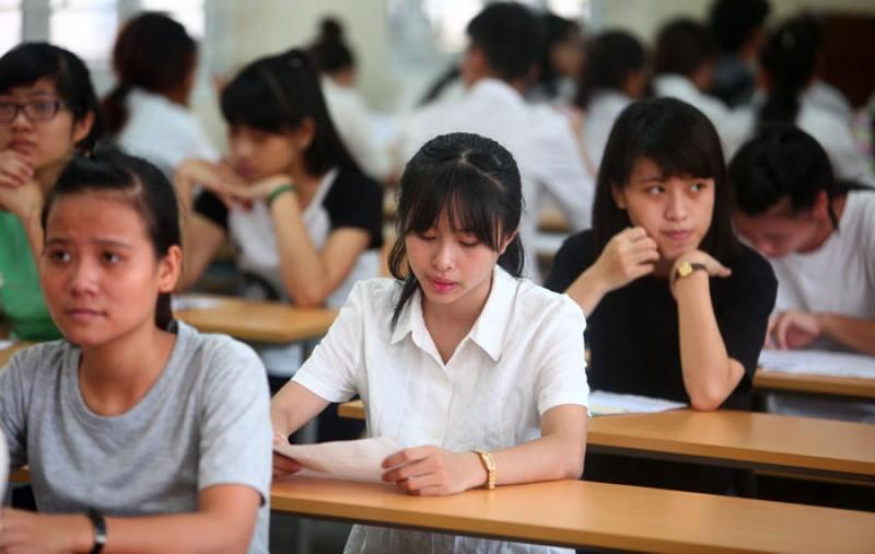 """Kỳ thi tốt nghiệp THPT quốc gia 2016: Môn ngữ văn """"trắng"""" điểm 10"""