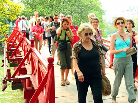 Muốn hút khách, du lịch cần 'mở' chính sách thị thực