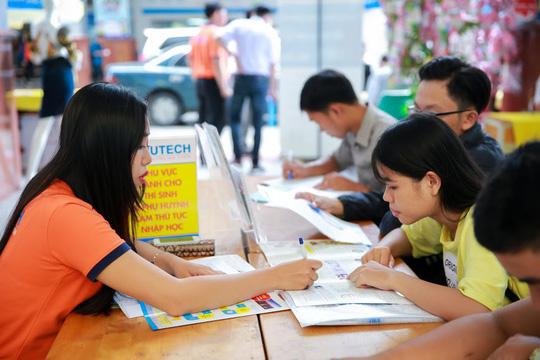 Tỉ lệ thí sinh xác nhận nhập học đạt 64%