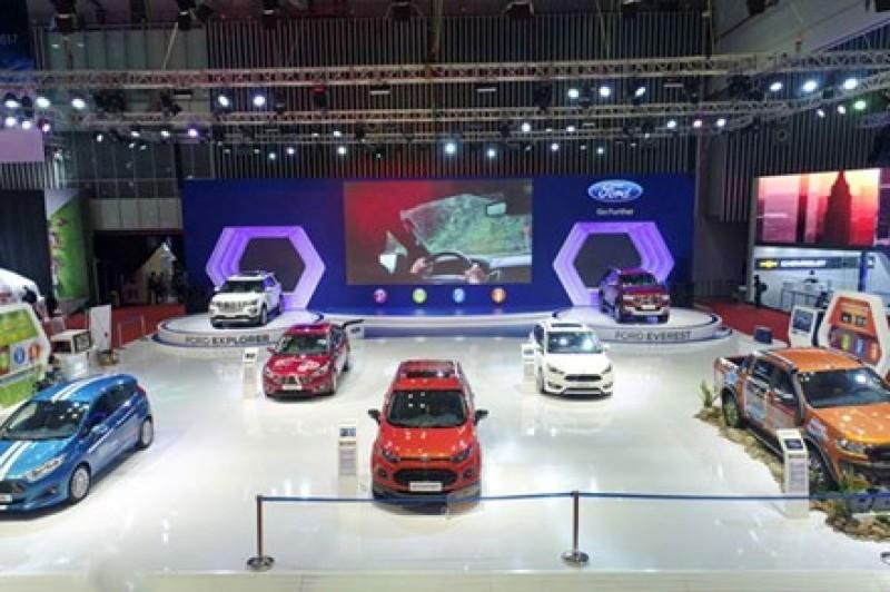 """Phía sau """"cuộc chiến giá"""" trên thị trường ôtô Việt"""
