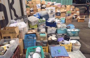 Bắt 2 container nhập lậu hàng bát, đĩa cũ từ Nhật Bản về Việt Nam
