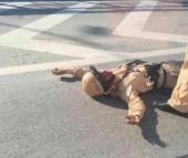 Hà Nội: Cảnh sát giao thông bị xe máy đâm trọng thương