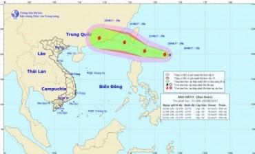 Bão Hato xuất hiện gần biển Đông, phía Đông Bắc đảo Luzon