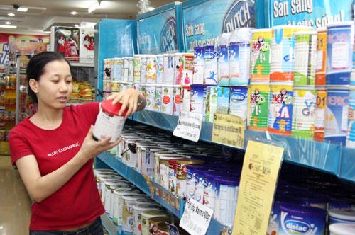 Quản lý giá sữa: Người tiêu dùng được lợi