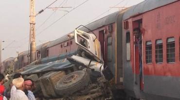 Ấn Độ: Tàu hỏa trật bánh, hơn 70 người bị thương
