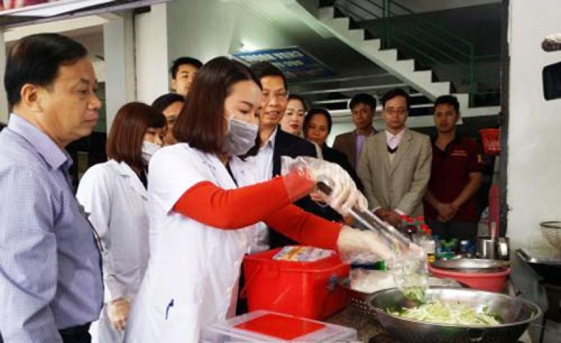 Hà Nội ban hành Bộ tiêu chí chấm điểm công tác bảo đảm an toàn thực phẩm