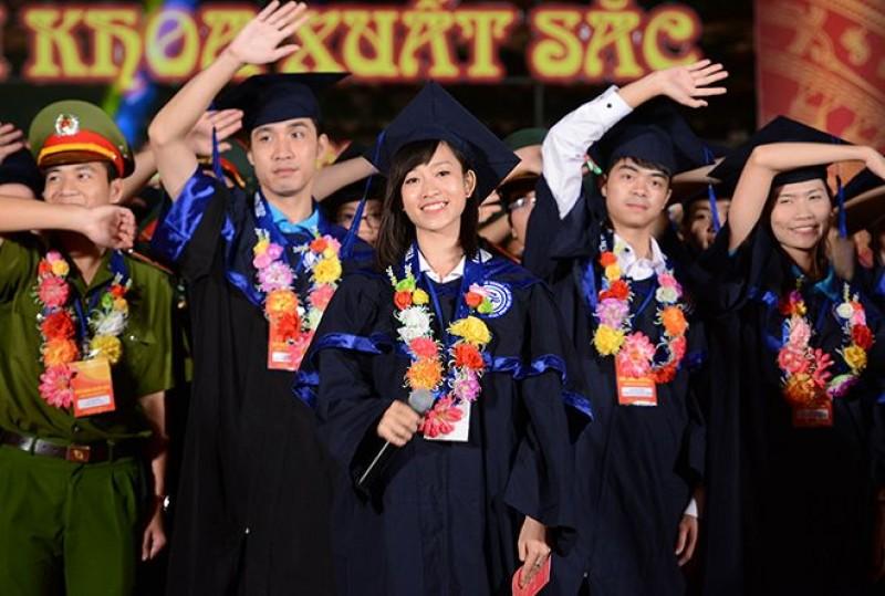 Hà Nội đánh giá việc tuyển dụng thủ khoa