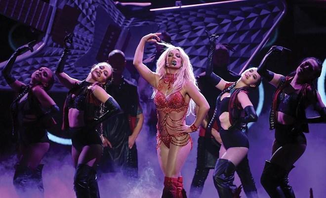Britney Spears vẫn chưa thoát khỏi hình ảnh 'công chúa'