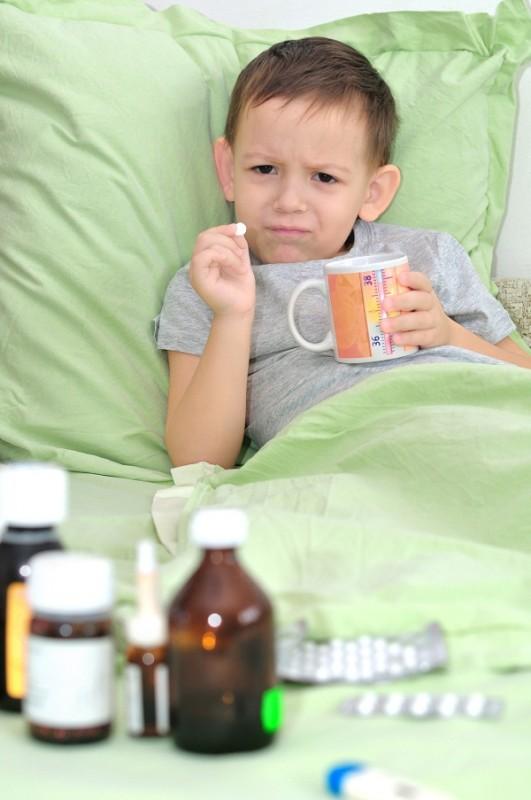 Lưu ý khi sử dụng kháng sinh cho trẻ