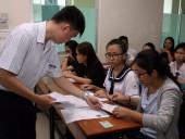 Trường phổ thông 'lên dây cót' thi trắc nghiệm, lo giáo dục công dân