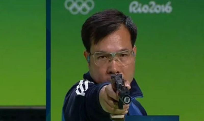 Hoàng Xuân Vinh vẫn dẫn đầu thế giới nội dung 10m súng ngắn hơi