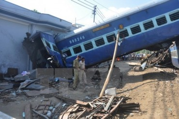 Liên tiếp xảy ra tai nạn tàu hỏa lại trật đường ray tại Ấn Độ