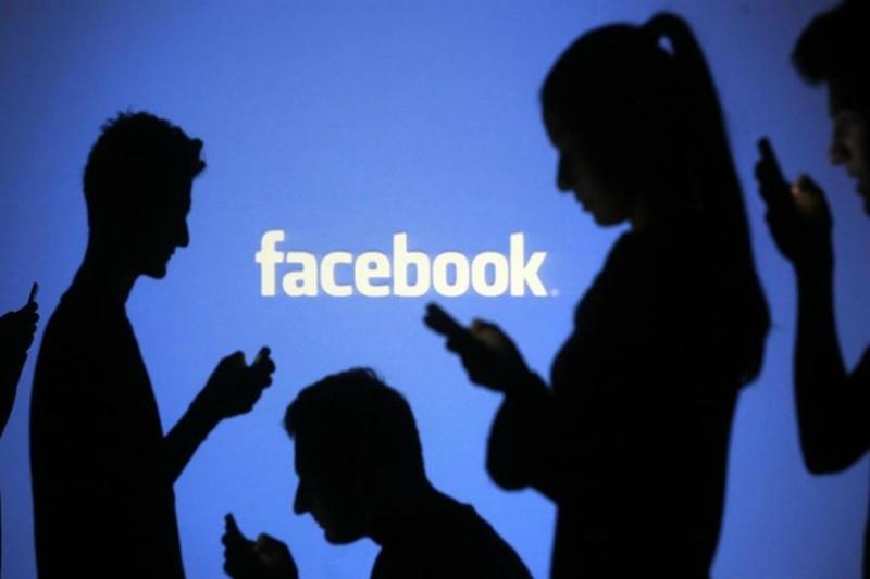 Càng gắn bó với Facebook - đời thực càng cô đơn