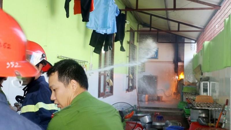 Thanh Hóa: Cháy hệ thống dẫn gas ở trường mầm non có 400 học sinh