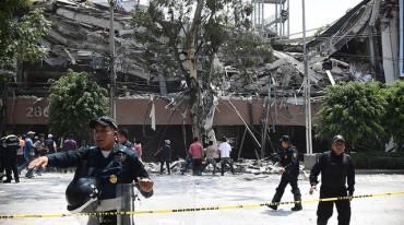 Động đất rung chuyển Mexico, hơn 119 người chết