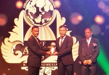VFF nhận giải thưởng Liên đoàn bóng đá xuất sắc nhất năm của Đông Nam Á