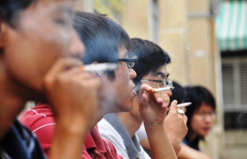 Nghiện thuốc lá, nguy cơ đột quỵ cao