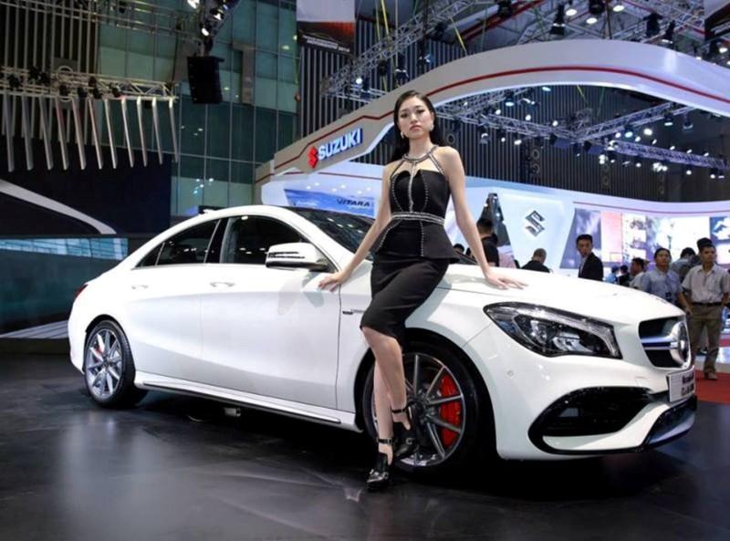 Người Việt giảm mua ô tô nhập nguyên chiếc, vì sao?