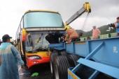 Xe chở 28 khách du lịch Việt Nam gặp tai nạn tại Đài Loan