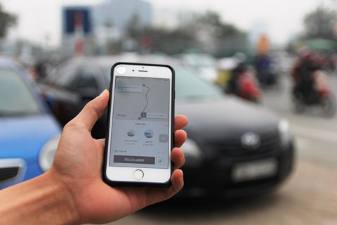 Grab, Uber phải đáp ứng các quy định về thương mại điện tử
